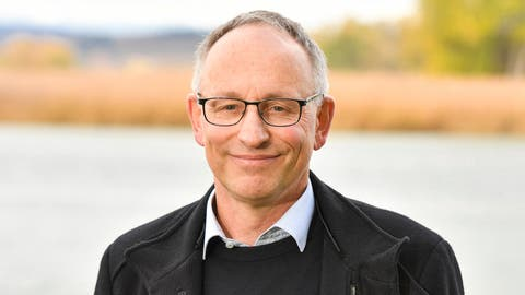 Markus Ellenbroek am Seerhein, einem seiner Lieblingsorte in Tägerwilen. (Bild: Donato Caspari)