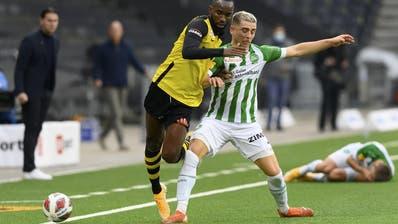 Schenken sich nichts: Meister YB und der FC St.Gallen. (Keystone)