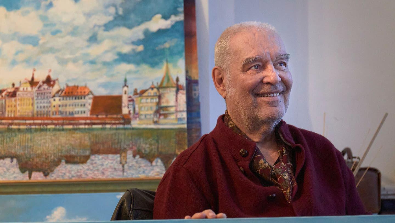 Adamo Pinarciin seinem Atelier an der Haldenstrasse in Luzern. (Bild: Jakob Ineichen (25. November 2020))