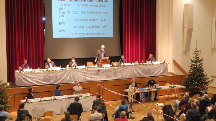 Gmeind weist Antrag zur Teilumzonung der «Oberebene» zurück – Stadtammann: «Problem nur verschoben»