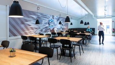 Das Stadionrestaurant von Zug 94 ist fertig umgebaut. (Bild: Patrick Huerlimann, Zug, 10. September 2020) (Patrick Huerlimann)