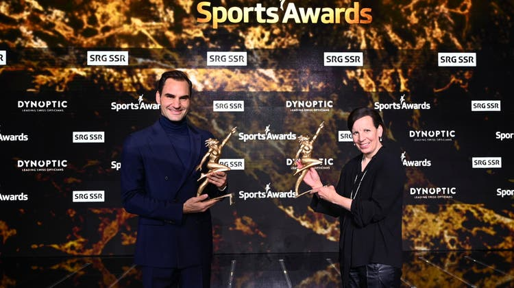 Roger Federer und Vreni Schneider. (Bild: Valeriano Di Domenico/Freshfocus/SRF)