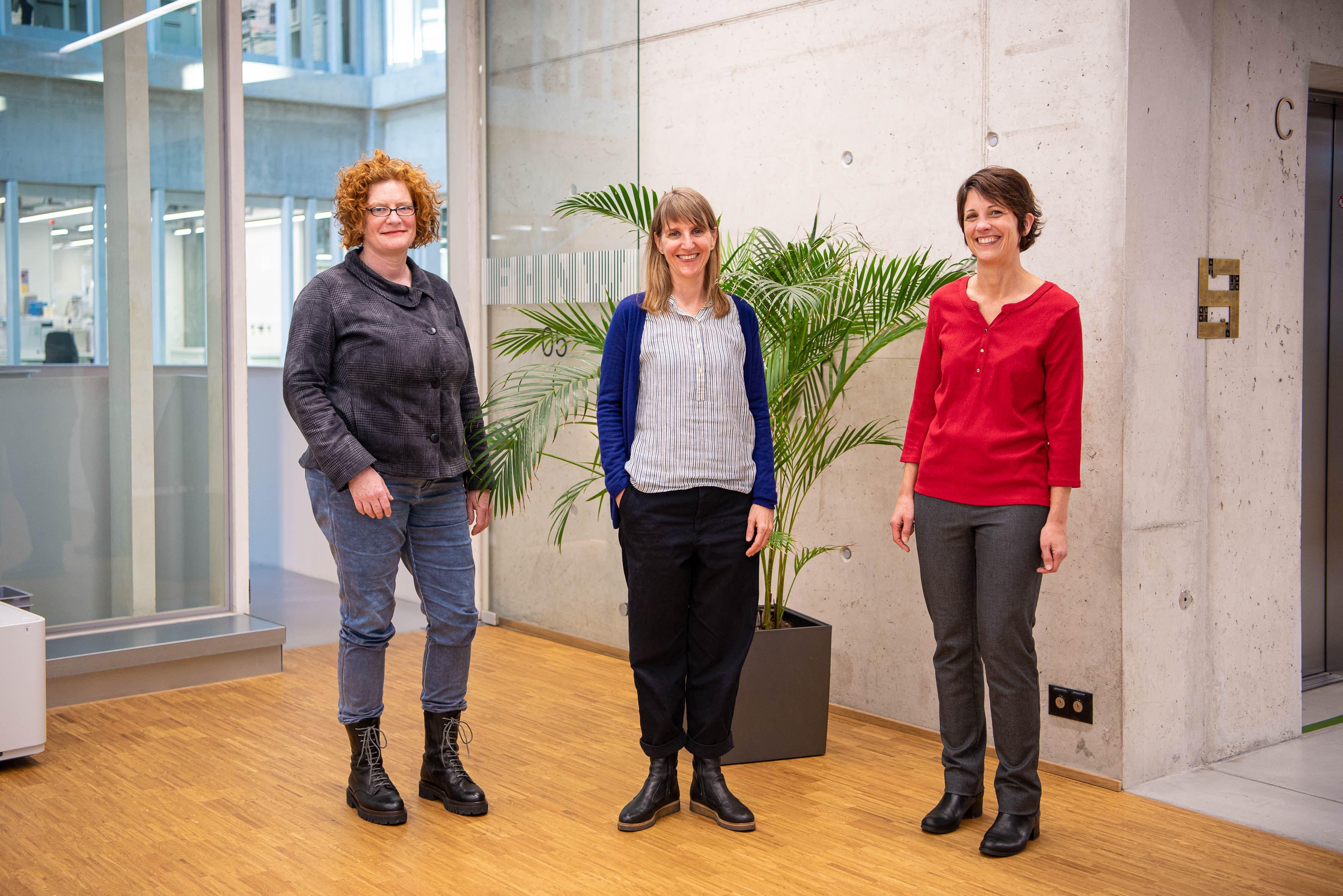 Das Leitungsteam des Projekts E-Inclusion: v.l.n.r Anja Blechschmidt, Claire Reymond und Simone Hemm-Ode (Projektleitung).