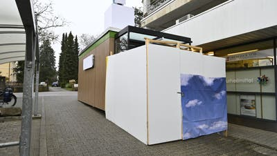 Einkaufen rund um die Uhr: Mit dem «VOI Cube» testet die Migros das Konzept eines personallosen Ladens