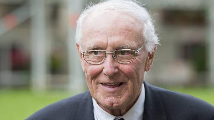 16. Dezember: Alt Bundesrat Flavio Cotti stirbt im Alter von 81 Jahren. Als CVP-Mitglied gehörte er dem Bundesrat von 1987 bis 1999 an.