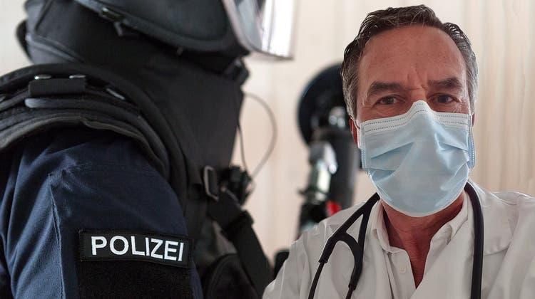 Nach Festnahme von Wettinger Arzt: Polizei und Landammann Dieth handelten korrekt – Binder widerspricht