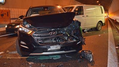 Vier Autos sind in den Unfall verwickelt gewesen. (Bild: Luzerner Polizei)