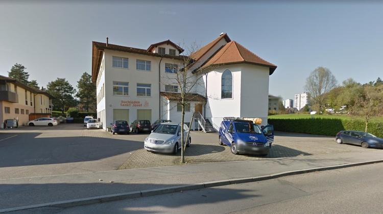 Das Zentrum St. Josef mit Kirche und Privatschule in Littau. (Bild Google)