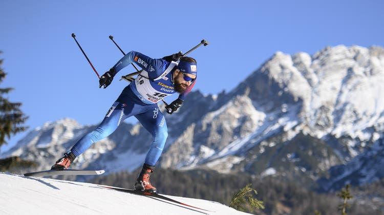 Benjamin Weger verpasst in Hochfilzen die Top 10 erneut aufgrund zu vieler Schiessfehler. (Keystone)