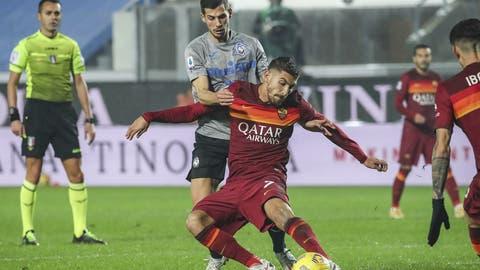 Remo Freuler hat mit Atalanta Bergamo gegen die AS Roma beim 4:1-Erfolg (fast) alles im Grif. (Bild: Keystone)