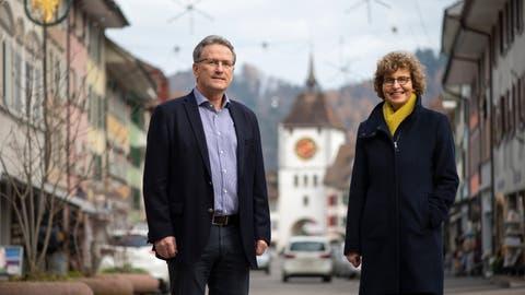 Wendelin Hodel und Erna Bieri im Städtli Willisau. (Bild: Dominik Wunderli (Willisau, 17. Dezember 2020))