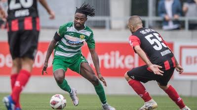 Da lief es für den SC Kriens noch gut: Topskorer Asumah Abubakar (am Ball) im Spiel gegen Xamax. (Bild: Pius Amrein (Kriens, 19. September 2020))