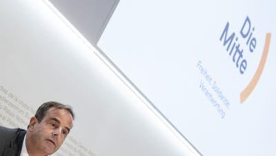 Die CVP Schweiz mit ihrem Präsidenten Gerhard Pfister präsentierten im September den neuen Parteinamen «Die Mitte». (Bild: Peter Schneider / Keystone)