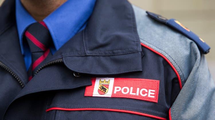 Die Kantonspolizei Bern hat Ermittlungen aufgenommen und bittet um sachdienliche Hinweise. (Symbolbild) (Keystone)