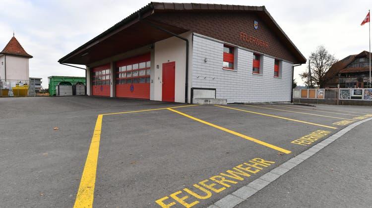 Feuerwehrmagazin wird für eine Million saniert – neues Parkierungsreglement gibt viel zu reden