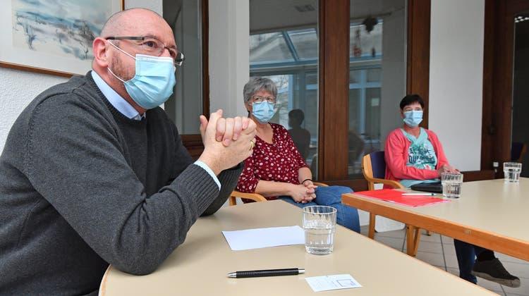 Wie ein Bewohner, Mitarbeiterinnen und der Institutionsleiter den Ausbruch von Corona erlebt haben