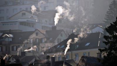 Wird die Gebäudehülle oder die Heizung energetisch verbessert, besteht auch fürs nächste Jahr Anspruch auf Fördergelder des Kantons. (Symbolbild: Urs Jaudas)
