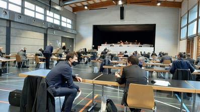 Der Kantonsrat tagte in der MehrzwekhalleKägiswil. (Bild: Philipp Unterschütz(3. Dezember 2020))