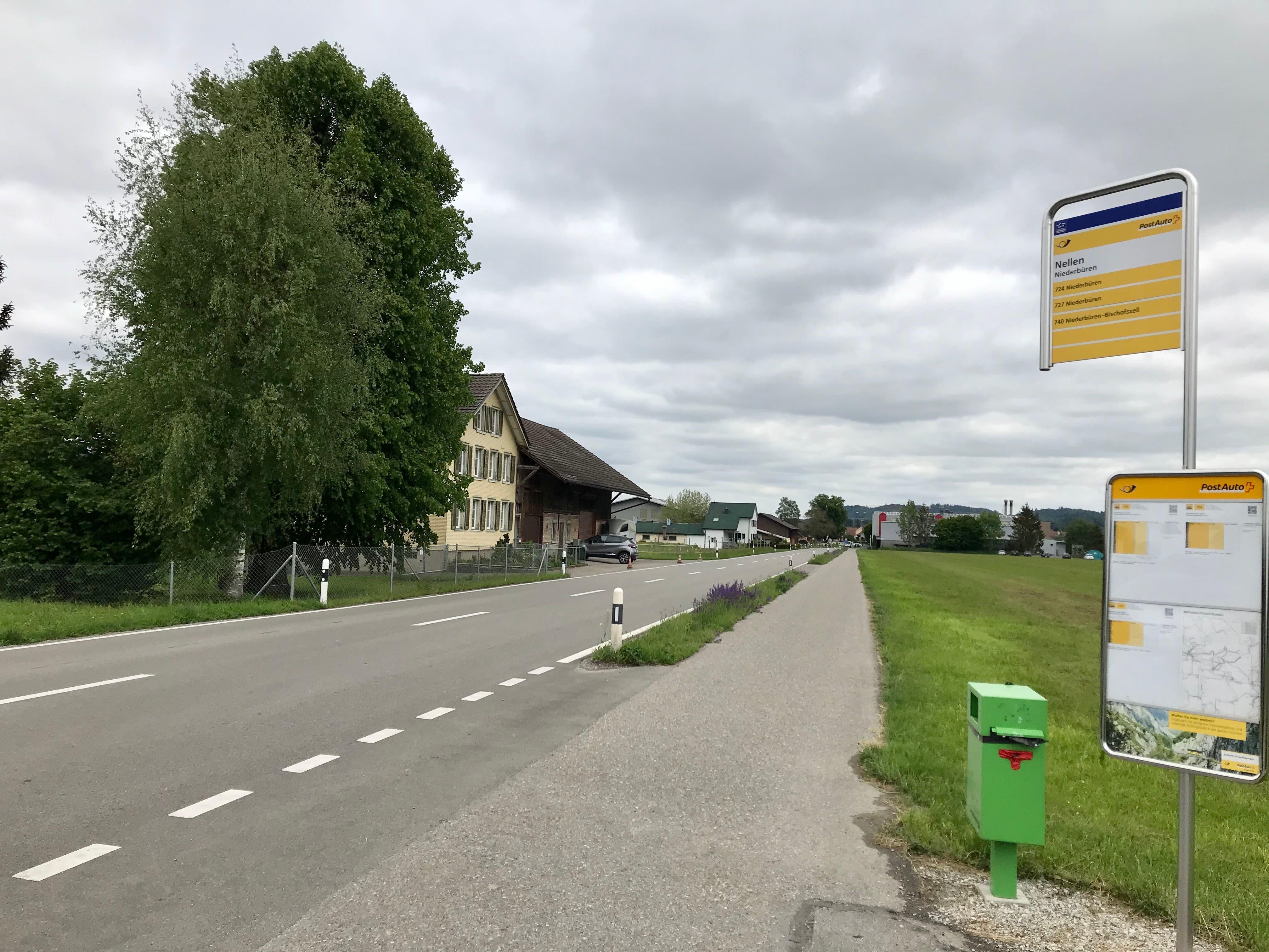 Mit zwei Jahren Verspätung gilt seit Mai Tempo 60 auf der Niederbürer Staatsstrasse. Die Drosselung dient der Sicherheit der ÖV-Passagiere, welche die Haltestelle Nellen nutzen.