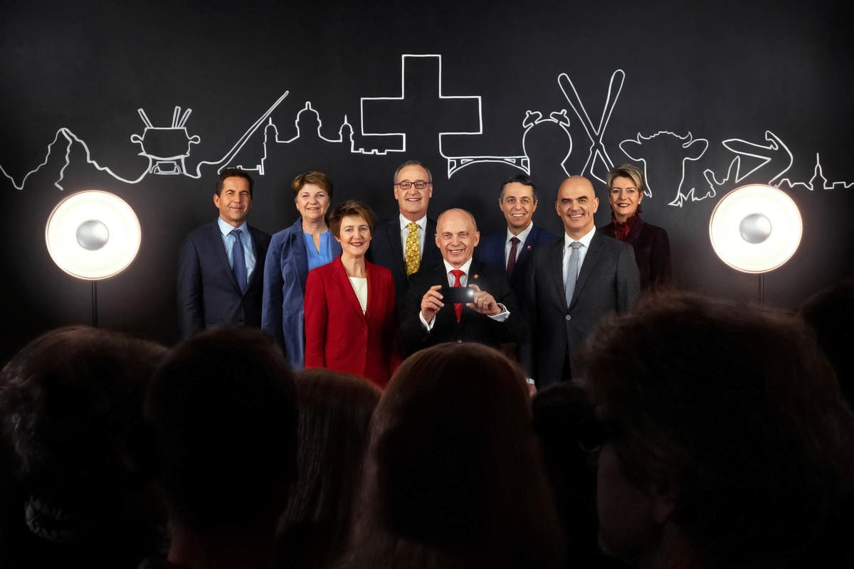 2019: Bundeskanzler Walter Thurnherr, Viola Amherd, Simonetta Sommaruga, Guy Parmelin, Bundespräsident Ueli Maurer, Ignazio Cassis, Alain Berset und Karin Keller-Sutter.