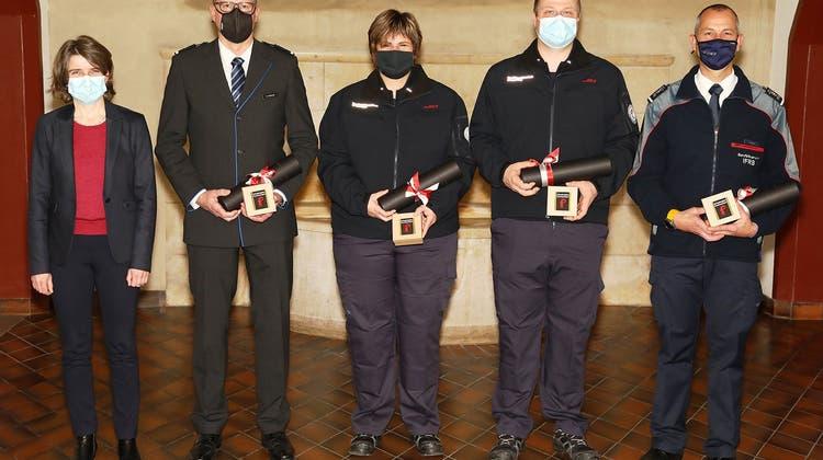 Vier neue Baselbieter Schadenplatz-Kommandanten brevetiert