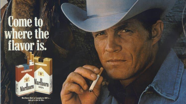 Ein Bild aus alten Tagen: Der «Marlboro Man» ist als Werbefigur bis heute Kult. (Archivbild) (Keystone)