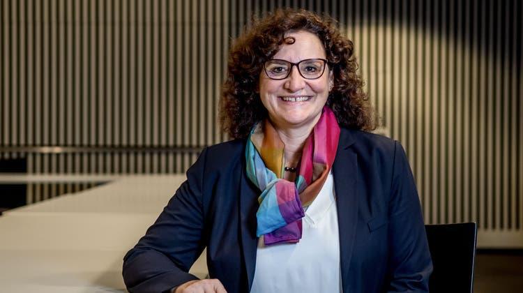 Die Krienser Stadtpräsidentin Christine Kaufmann (CVP) im Pilatussaal im Erdgeschoss des Stadthauses, in dem jeweils auch der Einwohnerrat tagt. (Nadia Schärli (Kriens, 9. Dezember 2020))