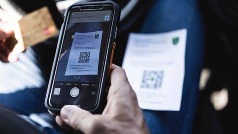 Bald kommt der Sheriff mit dem Tablet: Die St.Galler Stadtpolizei stellt Bussen künftig mit einer App aus