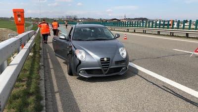 Blick auf eins der Unfallfahrzeuge. (Bild: Kapo SG)