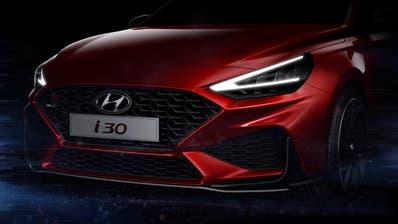 """Der """"New Hyundai i30"""" wird Anfang März in Genf präsentiert. Hyundai zeigt schon jetzt einen ersten Ausblick auf das Design des aufgefrischten Kompaktwagens. (HO)"""