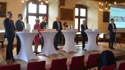 Die Kantonsräte und der Stadtpräsident nahmen zum möglichen Umzug Stellung. (Bild: Rosa Schmitz)