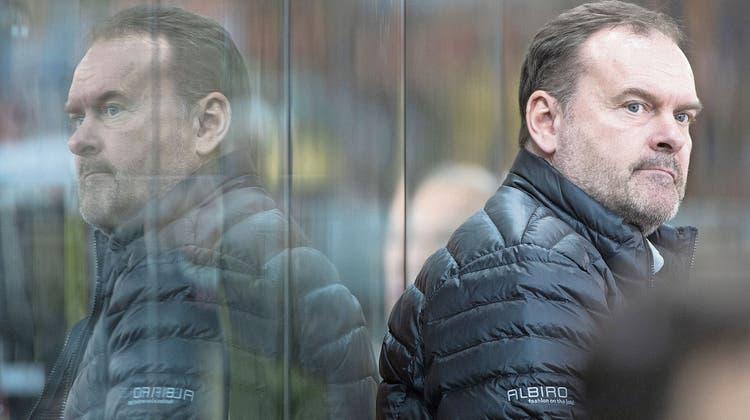 Heinz Ehlers ist seit Oktober 2016 Trainer in Langnau. Wie lange er noch bleibt, ist offen. (Bild: Marcel Bieri/Keystone, Langnau, 15. Februar 2020)