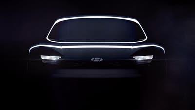 Ausladende Rundungen und Scheinwerfer in Pixeloptik prägen die Front des Konzeptautos. (HO)