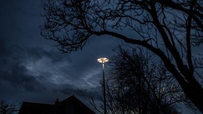 Die Strassenbeleuchtung im Engelburger Chapf. (Benjamin Manser)