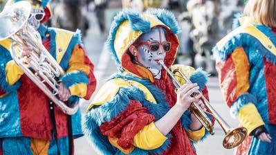 Tätärätä! Die Guggenmusiken im Toggenburg und Fürstenland spielen weiter – Auch wenn der Nachwuchs schwierig zu finden ist