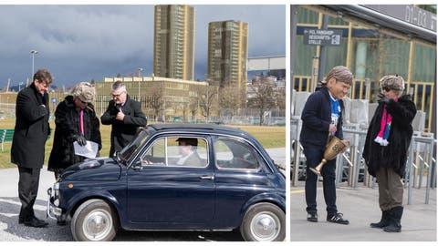 Am Donnerstag zufälligerweise auf der Luzerner Allmend beobachtet: Der russische Oligarch Viktor Andrejewitsch Raschnikowitsch (Mitte) mit Mike Hauser (links) und Stefan «Büsché» Bucher, die eben einer standesgemässen Limousine entstiegen sind. (Bild: Leserreporter (20. Februar 2020))