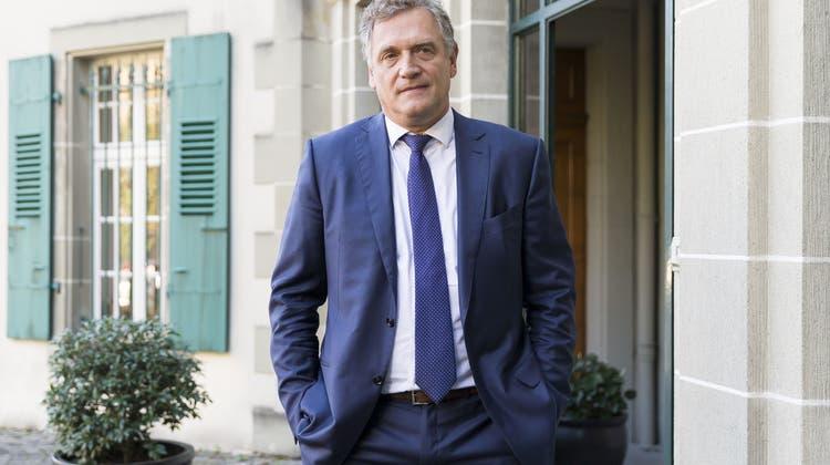 Jerôme Valcke soll seinen Einfluss als Fifa-Generalsekretär genutzt haben, um die Vergabe von Sportrechten an Fussball-Weltmeisterschaften zu steuern. (Keystone)