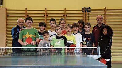 In Gossau hiess es in dieser Woche wieder für einige Kinder: Tischtennis und Singen statt Skifahren und Schlitteln
