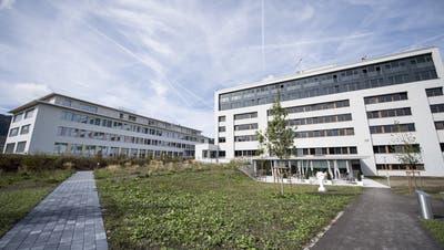 Blick auf das Spital Einsiedeln. (Bild: Urs Flüeler / Keystone (22. September 2018))