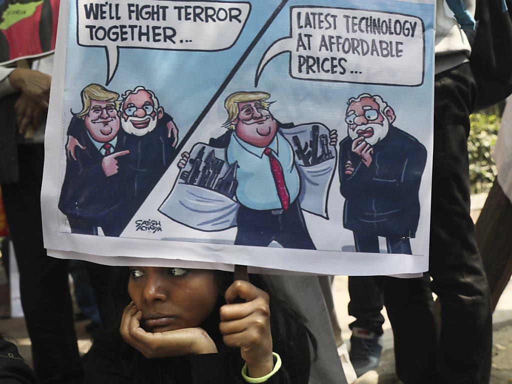 Protest gegen Trumps Besuch in Indien.
