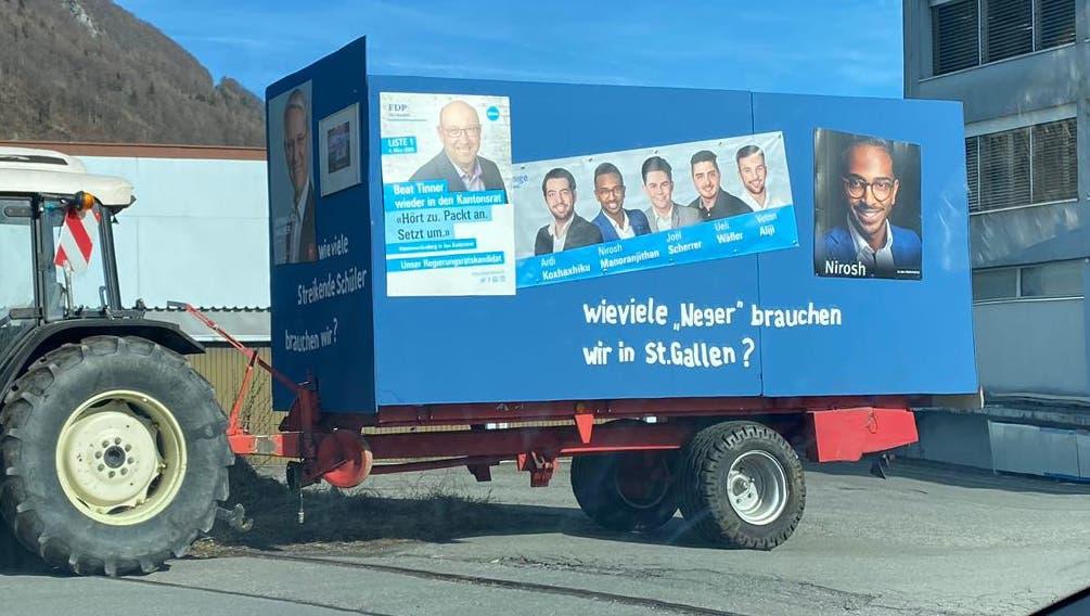 Am Fasnachtsumzug von Wangs fuhr ein Wagen, auf dem eine rassistische Äusserung prangte, die einen FDP-Kandidaten beleidigt. Die Aktion hat Folgen. (Bild: PD)