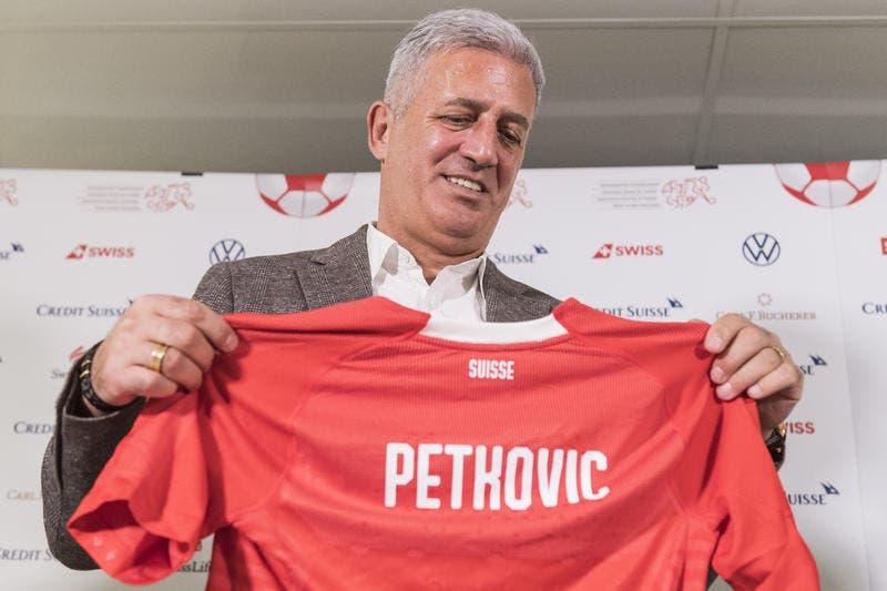 Wird Vladimir Petkovic 2022 neuer Rekord-Nationaltrainer des Schweizer Fussballs?