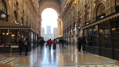 Die Einkaufspassage Galleria Vittorio Emanuele in Mailand war gestern beinahe leer. (Bild: Michela Nana/Keystone)