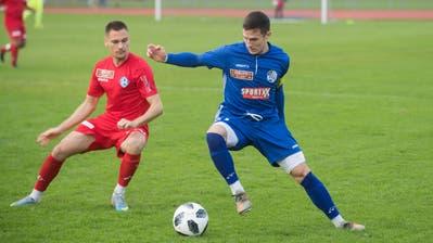 FCL-U21-Stürmer Lino Lang (rechts) durfte auch schon mit der ersten Mannschaft trainieren. (Lz / Boris Bürgisser / LZ / Boris Bürgisser)