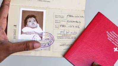 Illegale Adoptionen aus Sri Lanka - Schweizer Behörden sahen weg