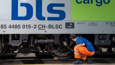 Bezog missbräuchlich Subventionen im öffentlichen Verkehr: Zum Beispiel die Busland AG – eine Tochter der BLS, die grösstenteils dem Kanton Bern gehört. (Peter Schneider / KEYSTONE)