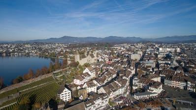 Bijou mit Magnetwirkung: Rapperswil-Jona liegt mitten in der Agglomeration Obersee, die stark wächst. (Ralph Ribi)