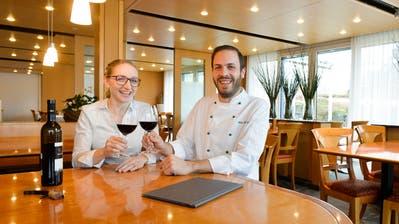 Selina und Marc Tuchschmid sind die neuen Gastgeber im «Mettlenhof». (Bild: Donato Caspari)