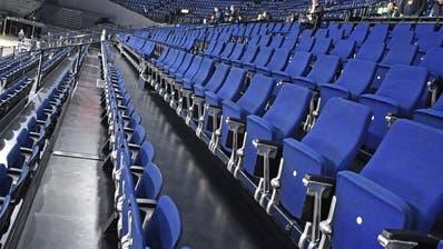 Leere Zuschauerränge im Zürcher Hallenstadion. (Bild: Walter Bieri/Keystone)