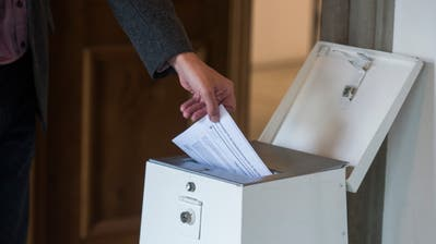 Abstimmungssonntag vom 19. Mai 2019 im Urnenlokal in Luzern (Dominik Wunderli)